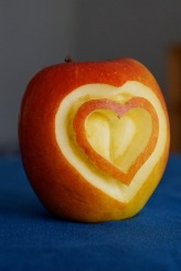 apple-750339_1920